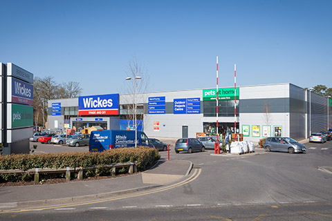A & B Bridge Retail Park